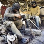 gls-fossil_workers_morocco-11-min